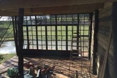 Construction d'une cabane en pleine nature