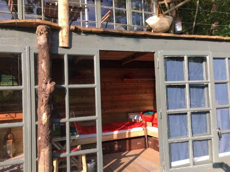 Le rez de jardin, la chambre des enfants