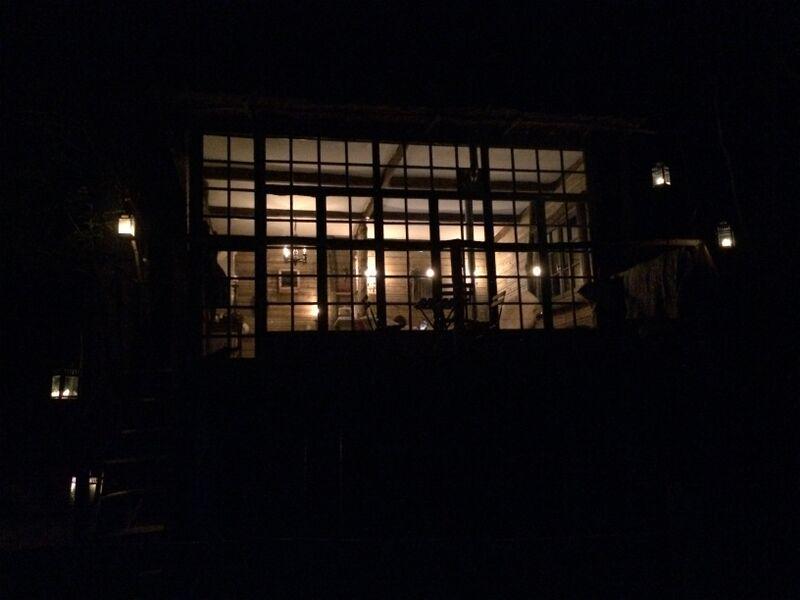 La cabane dans le noir