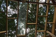 Intérieur de la cabane sous-terre