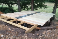 Construction cabane sous-terre
